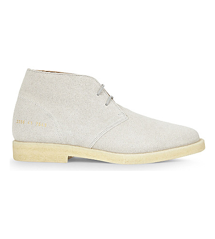 COMMON PROJECTS 绒面革 chukka 靴子 (灰色