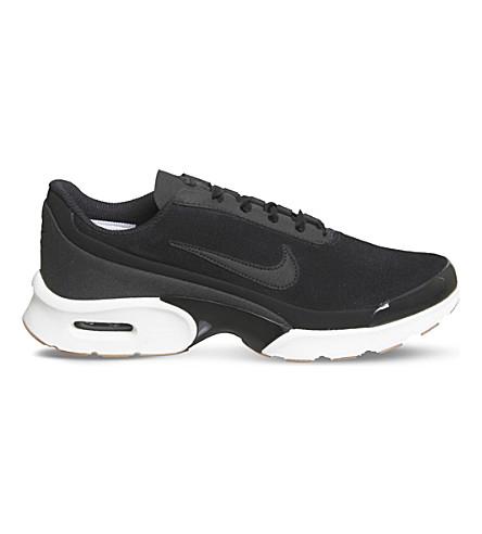 NIKE 空气最大朱厄尔绒面革运动鞋 (黑色黑色白色