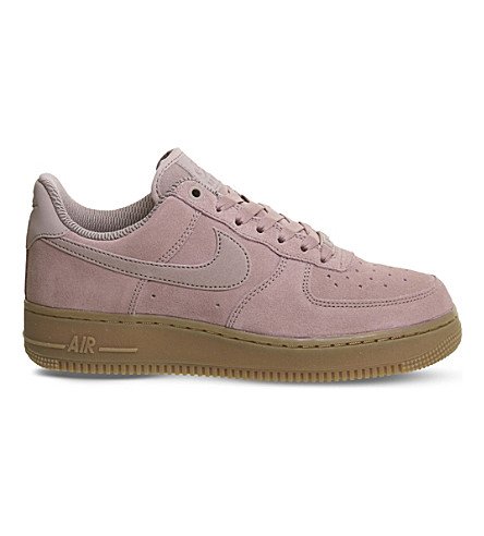 NIKE Air Force 1 07 suede trainers (Particle+pink+gum