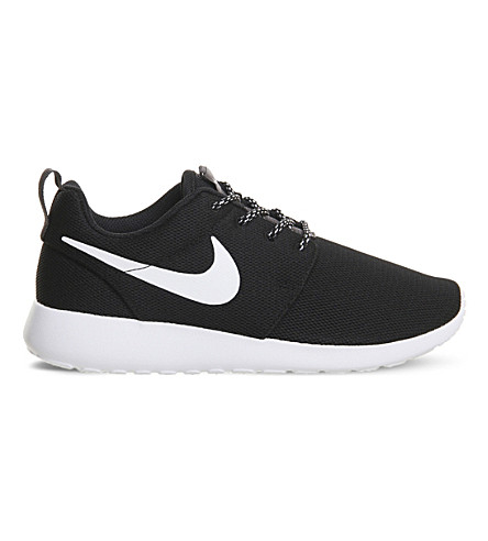 NIKE Roshe One mesh trainers (Black+white+grey