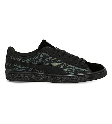 806ff8817e0d ... PUMA Basket Classic leaf pattern trainers (Swan+black+black.  PreviousNext