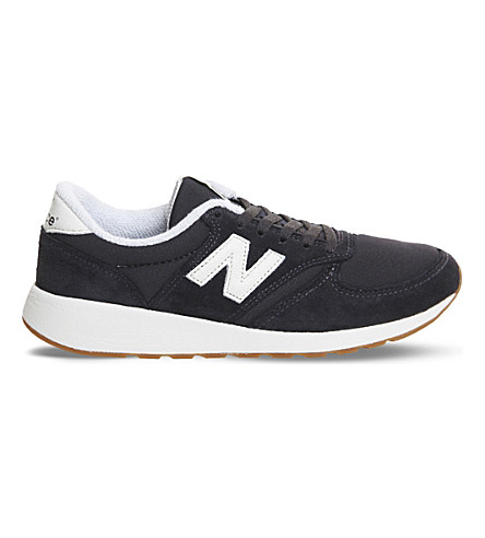 NEW BALANCE 420 low-top suede trainers (Black+black+white
