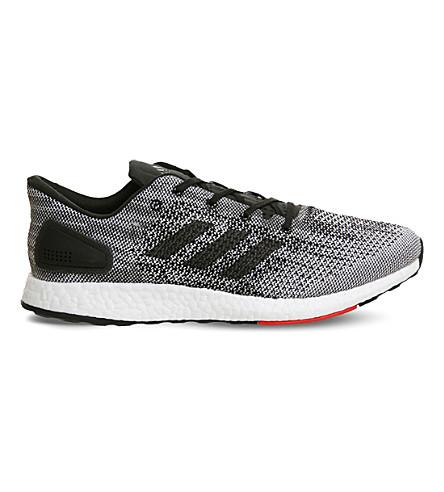 ADIDAS Pureboost 网运动鞋 (核心 + 黑 + 红 + 白