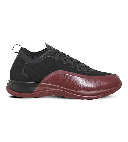 NIKE 乔丹主要网格运动鞋 (黑 + 健身房 + 红色