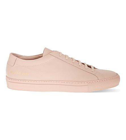 COMMON PROJECTS 原阿基里斯低皮革运动鞋 (粉红色 + 单声道 + 皮革
