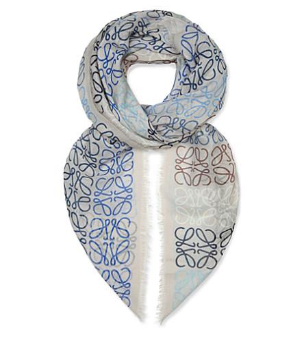 LOEWE Anagram-embossed shawl (Taupe