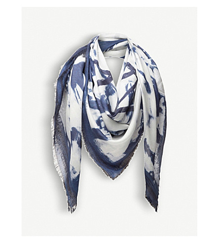 LOEWE Bleached-print cashmere-blend scarf (Navy/white