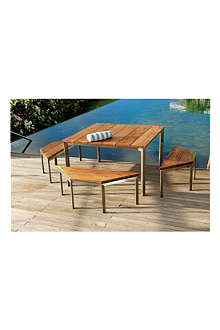 INDIAN OCEAN Lisbon Cube outdoor dining set