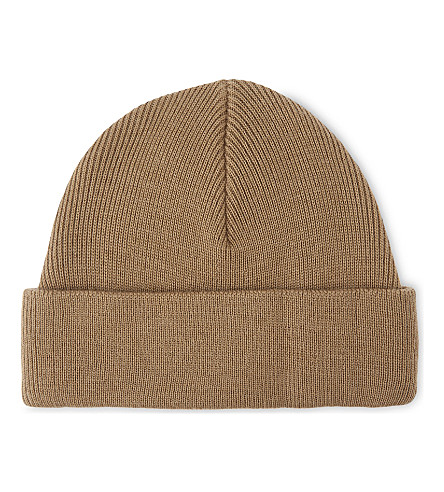 SANDRO Knitted ribbed beanie (Camel