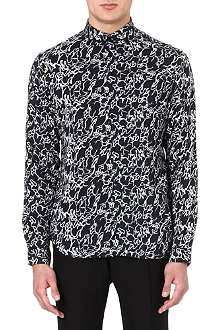 SANDRO Abstract print shirt