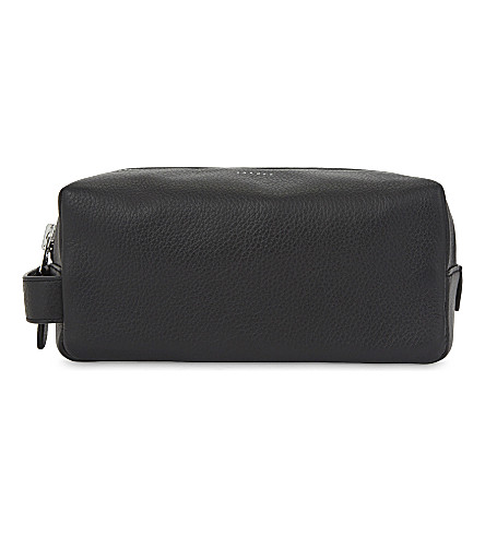 SANDRO Grained leather wash bag (Black