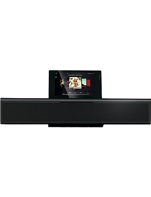 LOEWE TECHNOLOGY SoundVision iPod dock, radio and CD player
