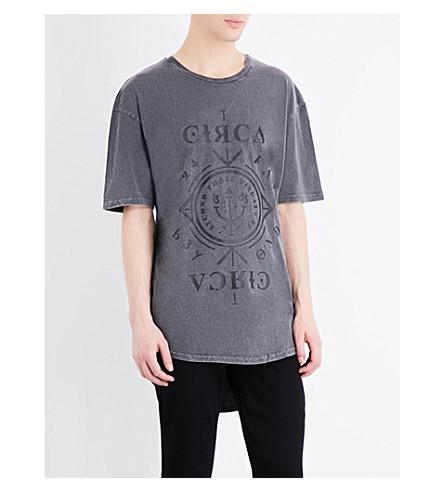 TOPMAN Circa-print longline cotton-jersey T-shirt (Dark+grey