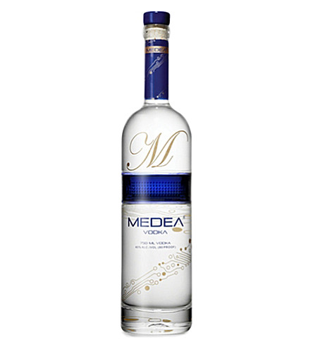 IL GUSTO Medea vodka 750ml