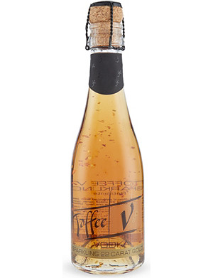 VOM FASS Sparkling toffee vodka with 22 carat gold flakes 200ml