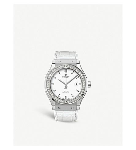 HUBLOT 542.NE.2010.LR.1204 Classic Fusion titanium, diamond and alligator-skin leather watch