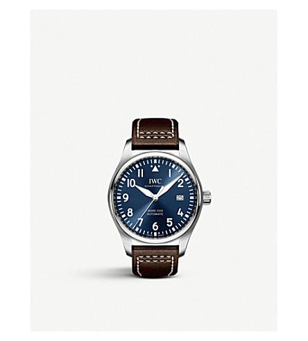 IWC沙夫豪森飞行员的标记和皮革和不锈钢腕表