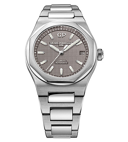 GIRARD-PERREGAUX 81010-11-231-11A Laureato stainless steel watch