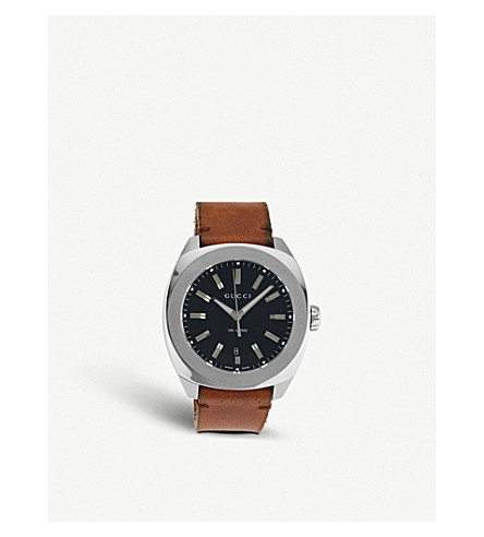 GUCCI YA142207 GG2570 stainless steel and leather watch
