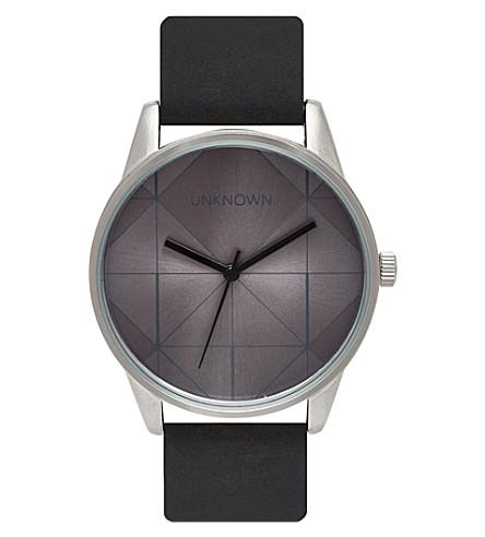 UNKNOWN 城市不锈钢和皮革 UN14UB01 手表