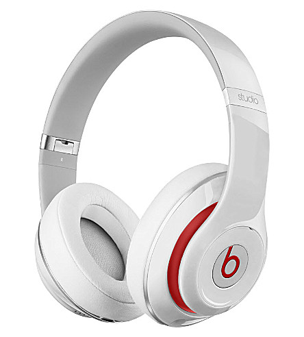 BEATS BY DRE Beats by Dr. Dre Studio over-ear headphones