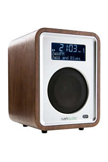 RUARK AUDIO R1 clock radio walnut