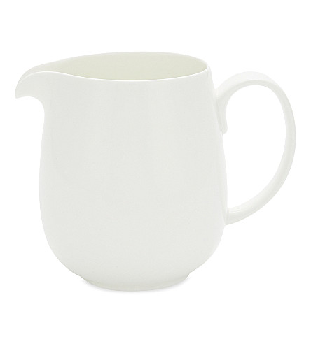 THE WHITE COMPANY Symons medium bone China jug 12.5cm (White