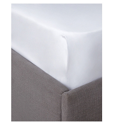 THE WHITE COMPANY Egyptian cotton sateen emperor fitted sheet (White