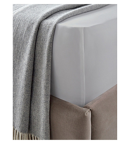 THE WHITE COMPANY Cadogan Egyptian cotton double deep fitted sheet (White