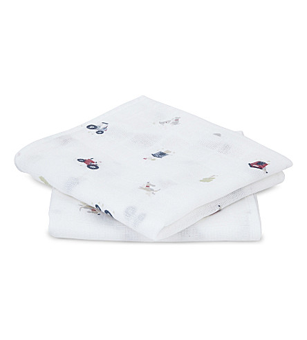 THE LITTLE WHITE COMPANY Tractor cotton set of two muslins (Multi
