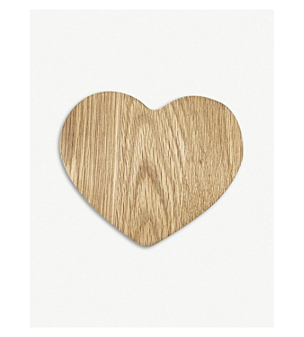 THE WHITE COMPANY Heart-shaped wood serving board 20cm (Natural