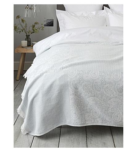 THE WHITE COMPANY Portofino cotton throw 200x140cm (Eau+de+nil