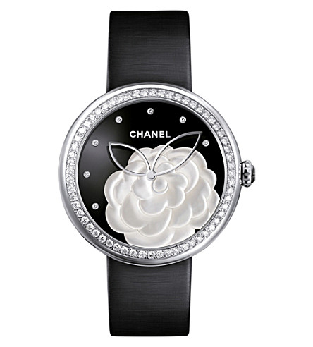 CHANEL H3096 Mademoiselle Privé Camélia 18ct white-gold, diamond and mother-of-pearl watch