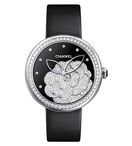 CHANEL H4318 Mademoiselle Privé Camélia 18ct white-gold and diamond watch