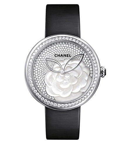 CHANEL H4319 Mademoiselle Privé Camélia 18ct white-gold, mother-of-pearl and diamond watch