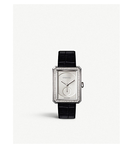 CHANEL H4472 BOY•FRIEND 大尺寸18ct 白金钻石手表