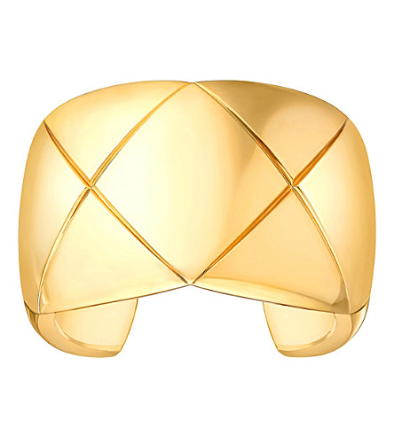 CHANEL Coco Crush 18K yellow gold cuff