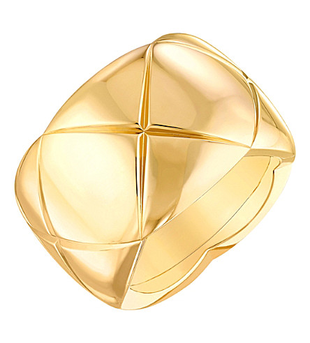 CHANEL Coco Crush 18K yellow gold ring. Large version
