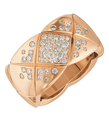 CHANEL Coco Crush 18K beige gold and diamond ring. Medium version