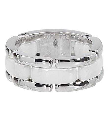CHANEL 超18K 白金和白色陶瓷戒指。中号