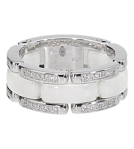 CHANEL 超18K 白金, 白色陶瓷和钻石戒指。中号