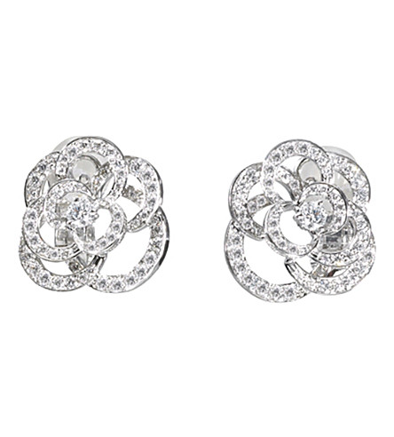 CHANEL Camélia 18K white gold and diamond earrings