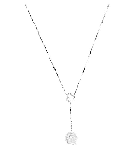 CHANEL Camélia 18K white gold, white agate and diamond necklace