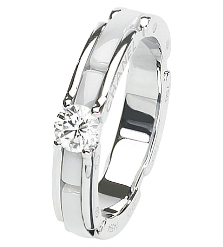 CHANEL Ultra 18K white gold, white ceramic and diamond ring