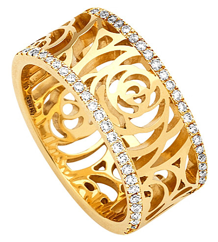 CHANEL Camélia 18K yellow gold and diamond ring. Medium version