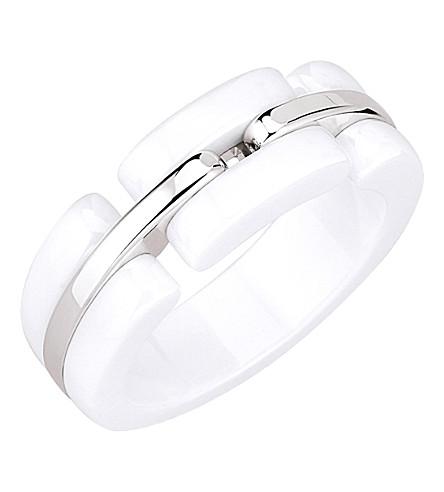 CHANEL Ultra 18K white gold and white ceramic ring. Medium version