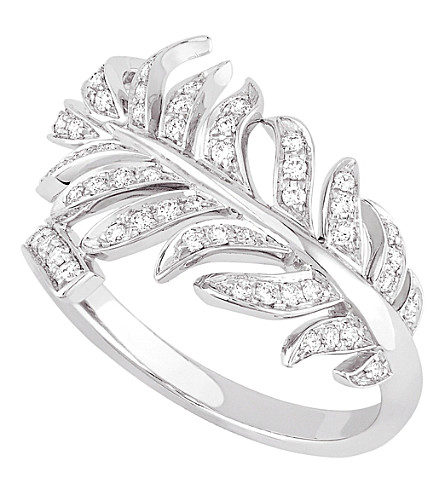 CHANEL Plume de Chanel 18K white gold and diamond ring