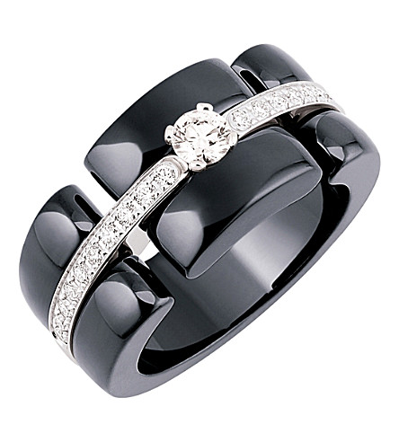 CHANEL Ultra 18K white gold, black ceramic and diamond ring. Large version