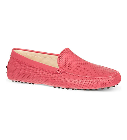 TODS Gommino Driving Shoes in Leather (Fushia
