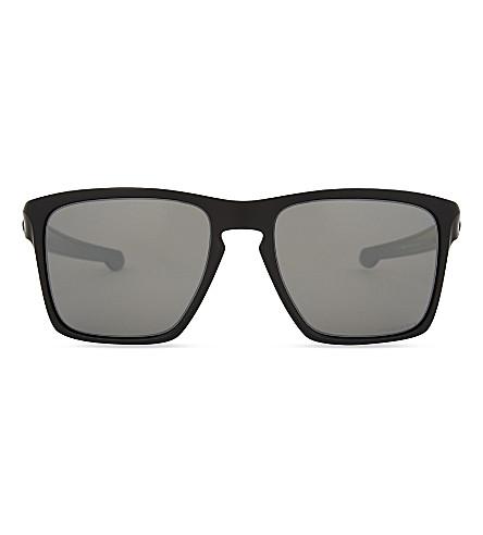 OAKLEY OO9341 XL 矩形框架太阳镜 (哑光 + 黑色
